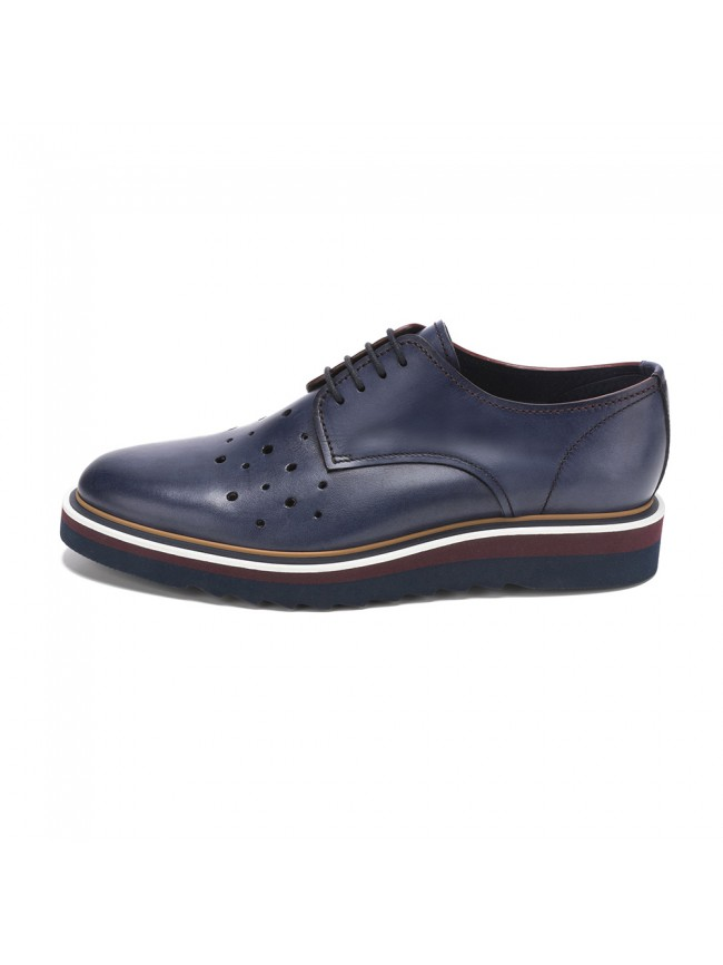 CASUAL BLUCHER AVEC DES PERFORATIONS MARINE
